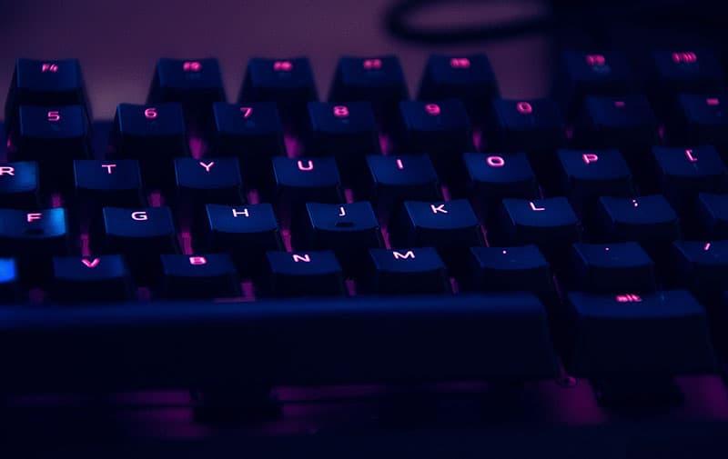 Gaming-Keyboard-Closeup-2